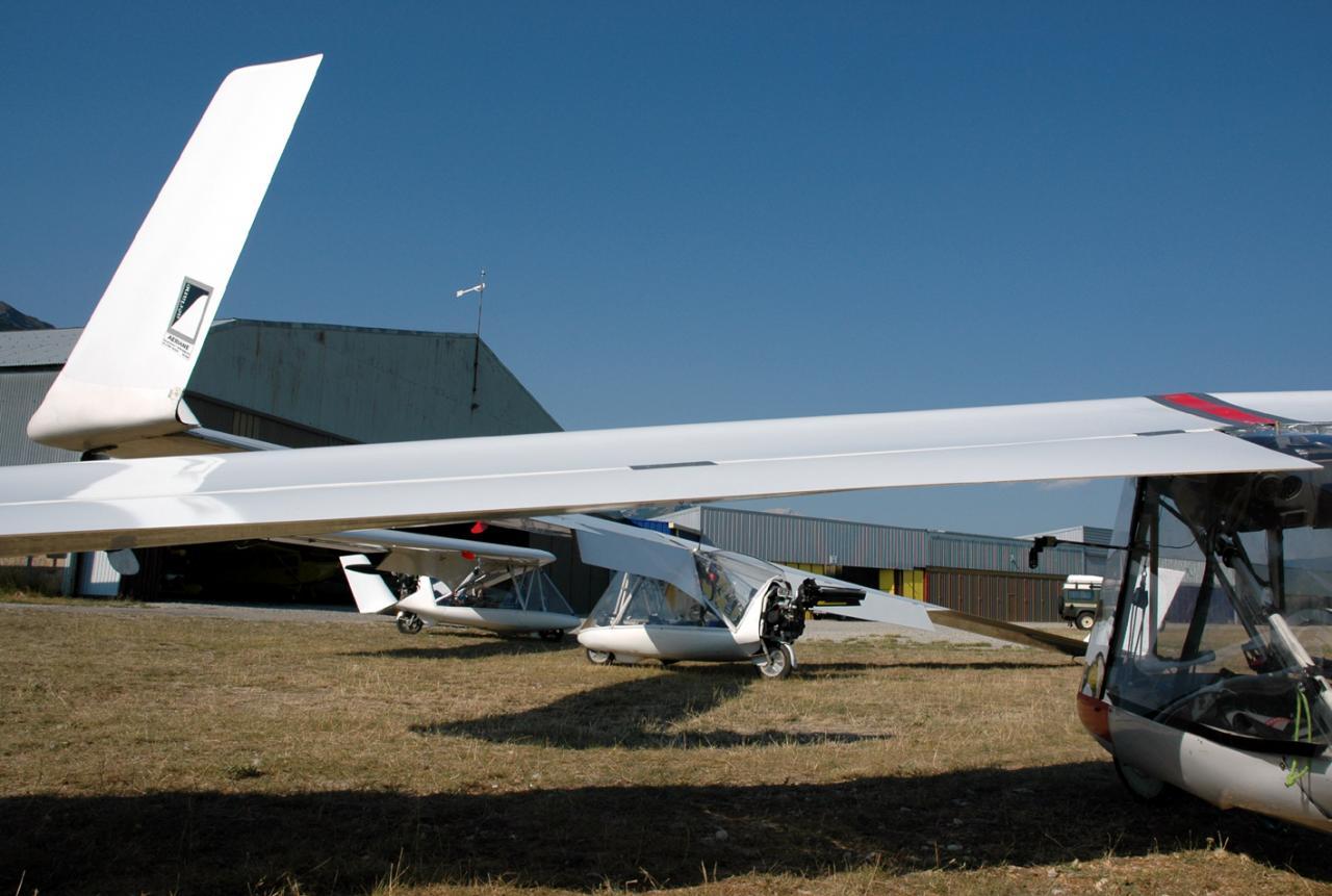 Swifts Hangars Aspres S